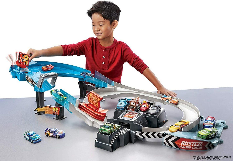 Disney Cars Rusteze Racebaanset speelgoed is leuk recentie review spelen